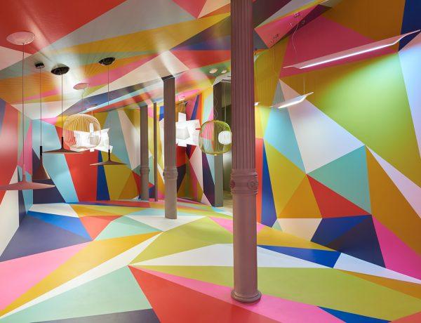 Reality or illusion installation alice in wonderland Ferruccio Laviani soho nueva york