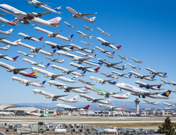 Mike Kelley airportraits aviones aeropuertos