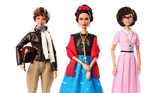 Barbie Frida mujeres inspiracionales (1)