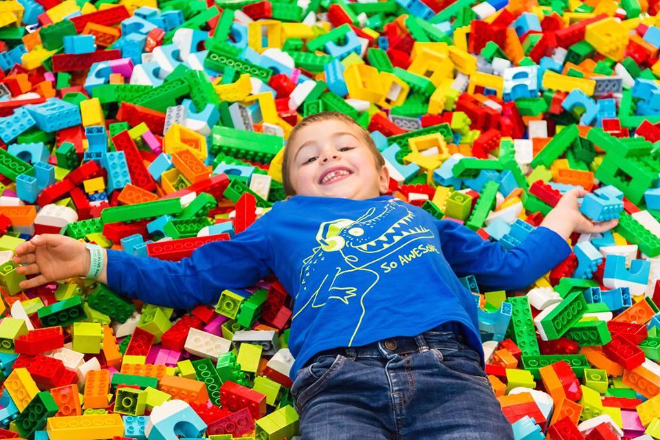 BrickLive, por primera vez una experiencia única para los fans de LEGO®