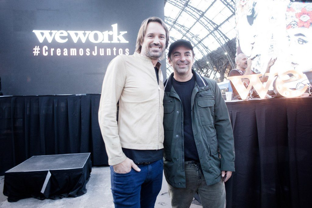 Pato Fuks, CEO de WeWork Latam, junto a Ale Lacroix que animó la tarde con un DJ Set