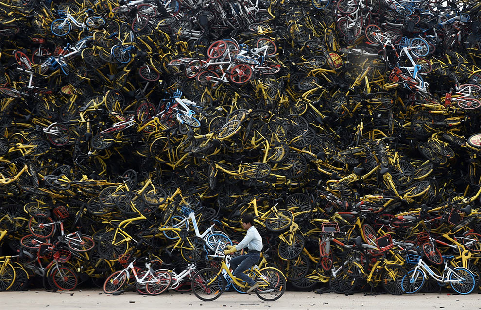 Cementerios bicicletas compartidas en china (10)