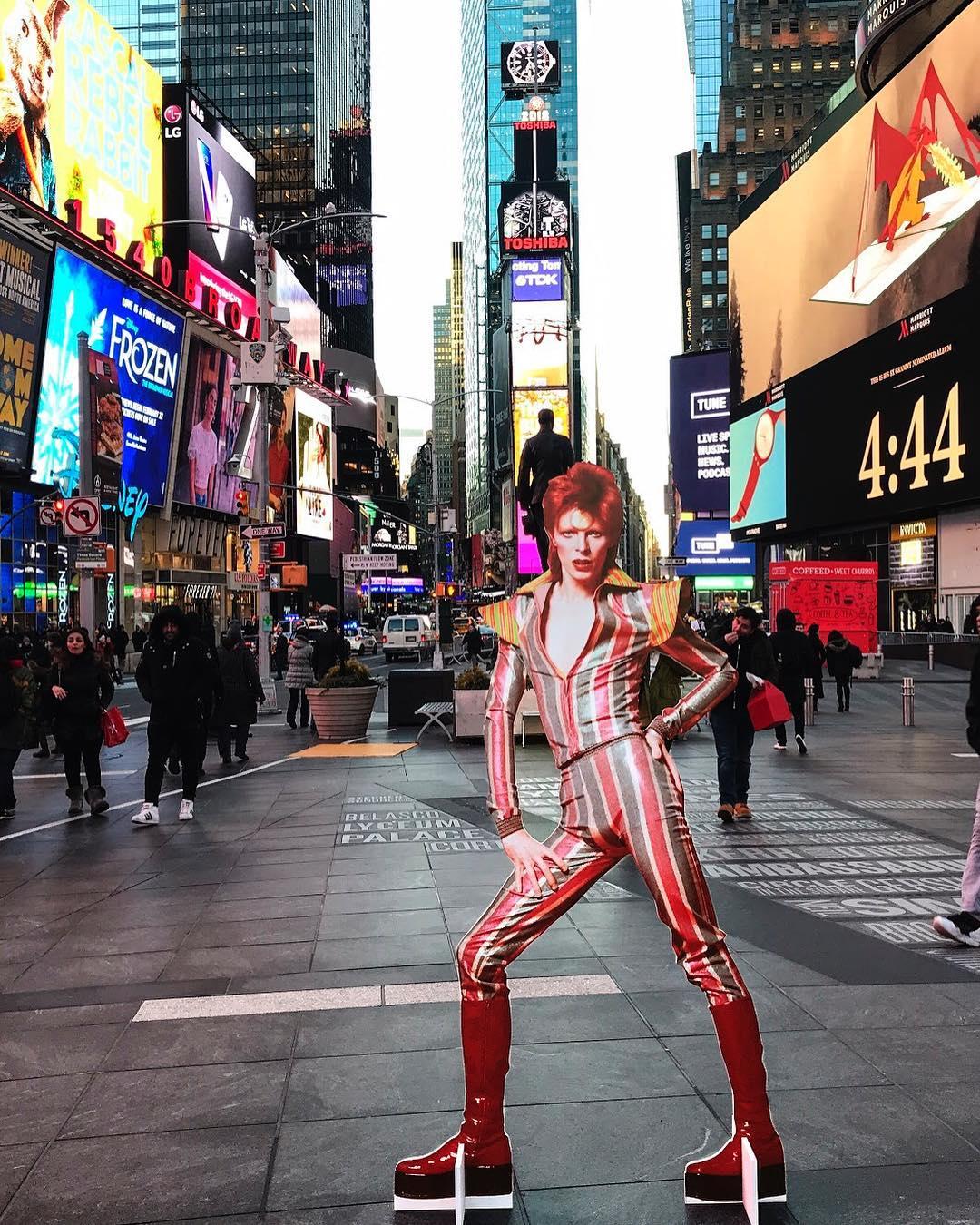 David Bowie invadió una estación de subte de Nueva York (11)