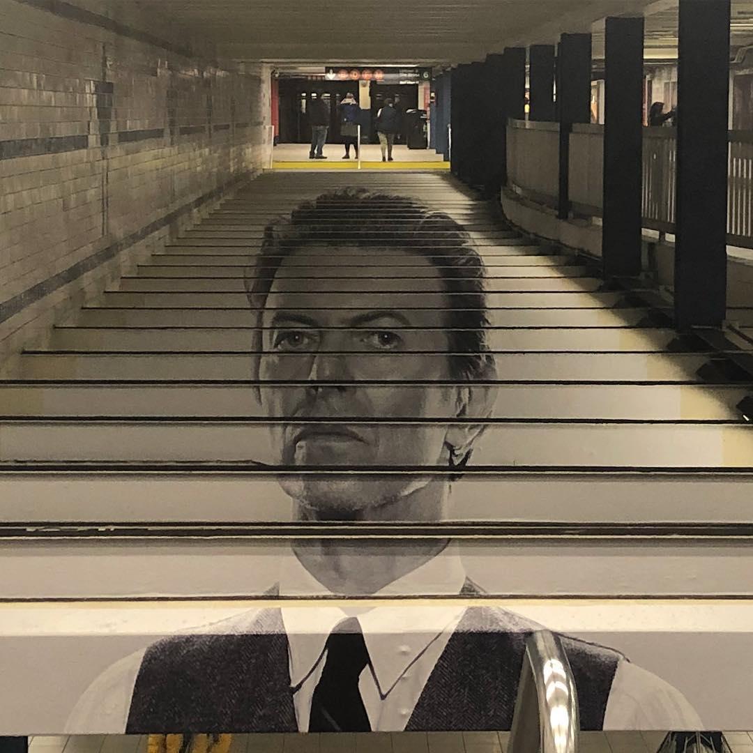 David Bowie invadió una estación de subte de Nueva York (18)