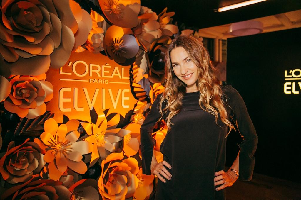 Elvive lanzó su nueva línea de cuidado capilar ÓLEO COCO (16)