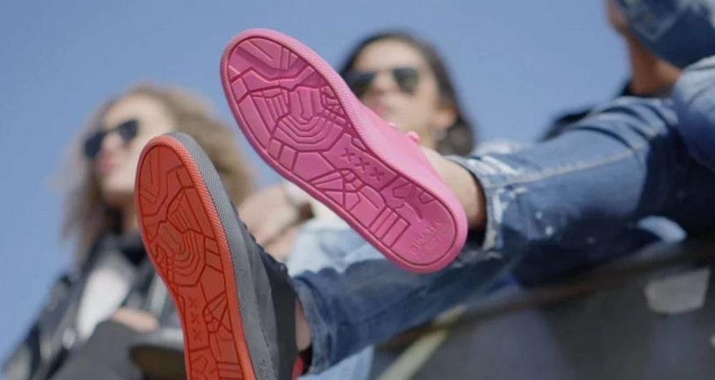 GumShoe, las zapatillas con suela de chicle reciclado