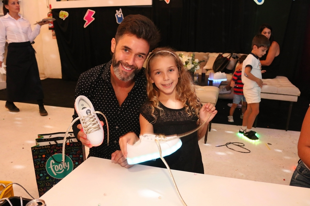 Mariano Martinez y su hija Olivia en FOOTY 3