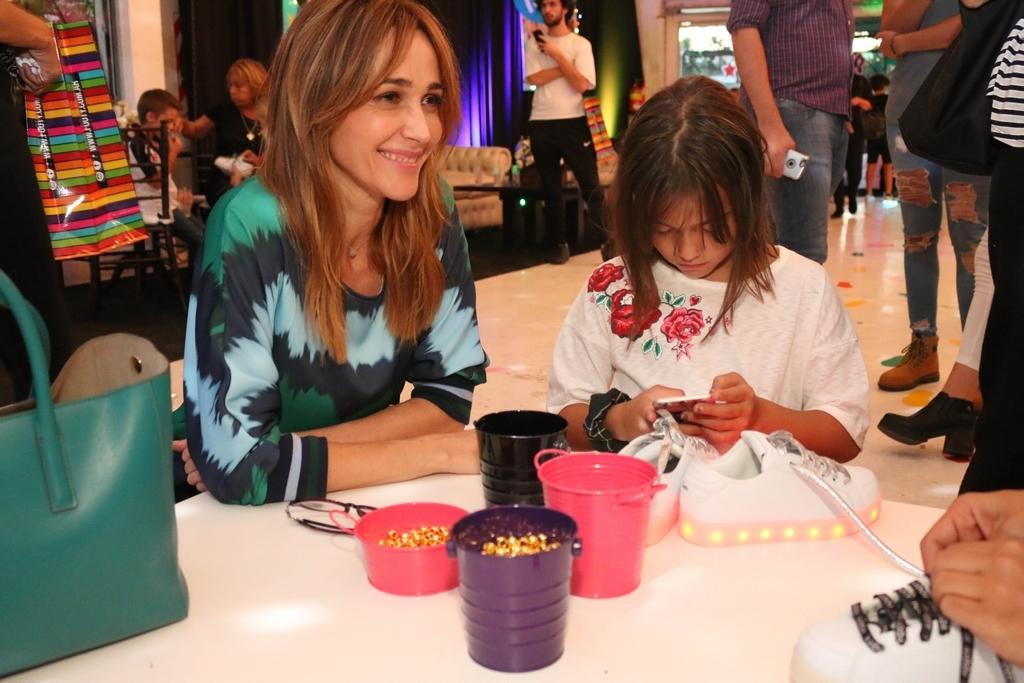 Vero Lozano y su hija Antonia en FOOTY 3