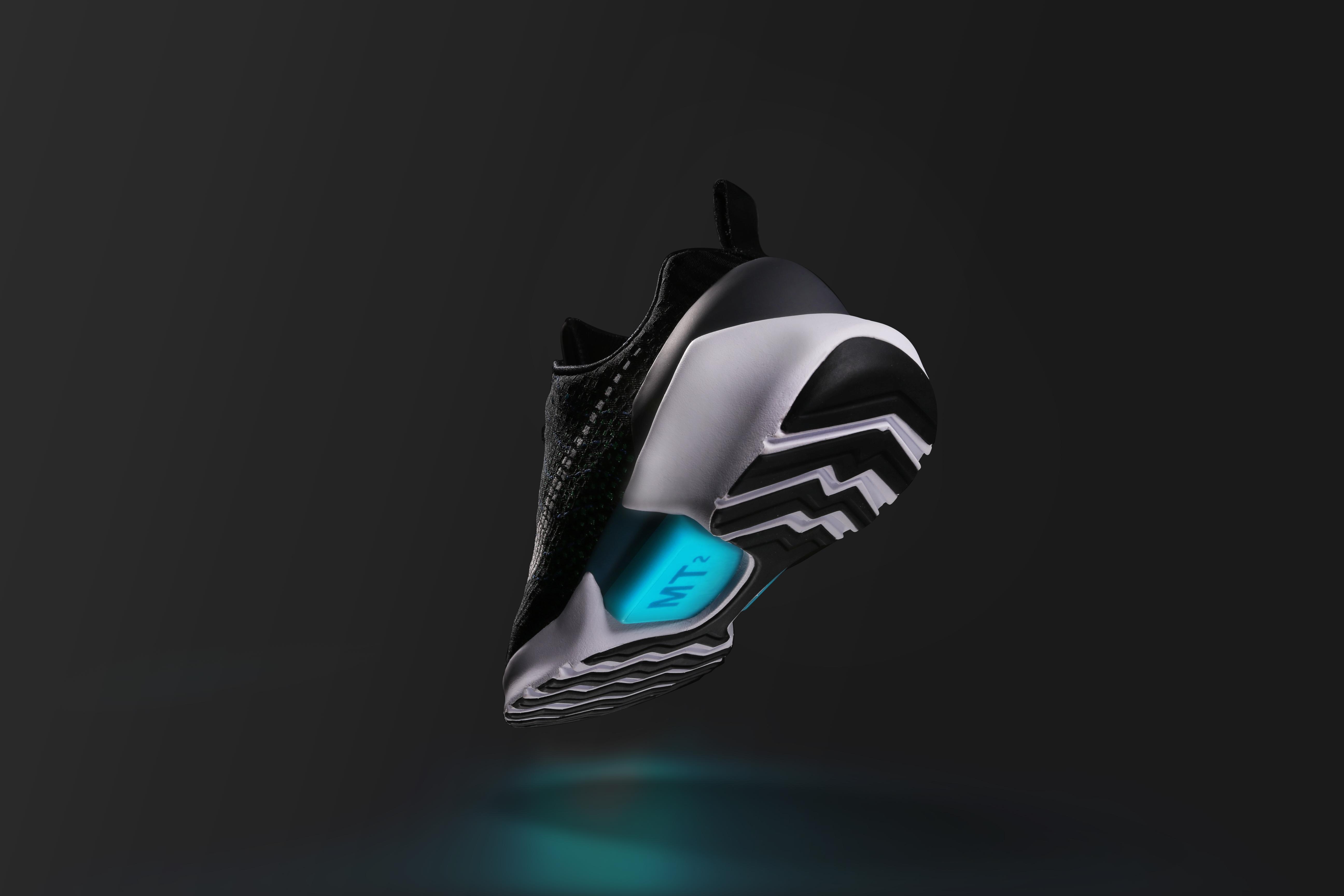 Nike Hyperadapt (1)