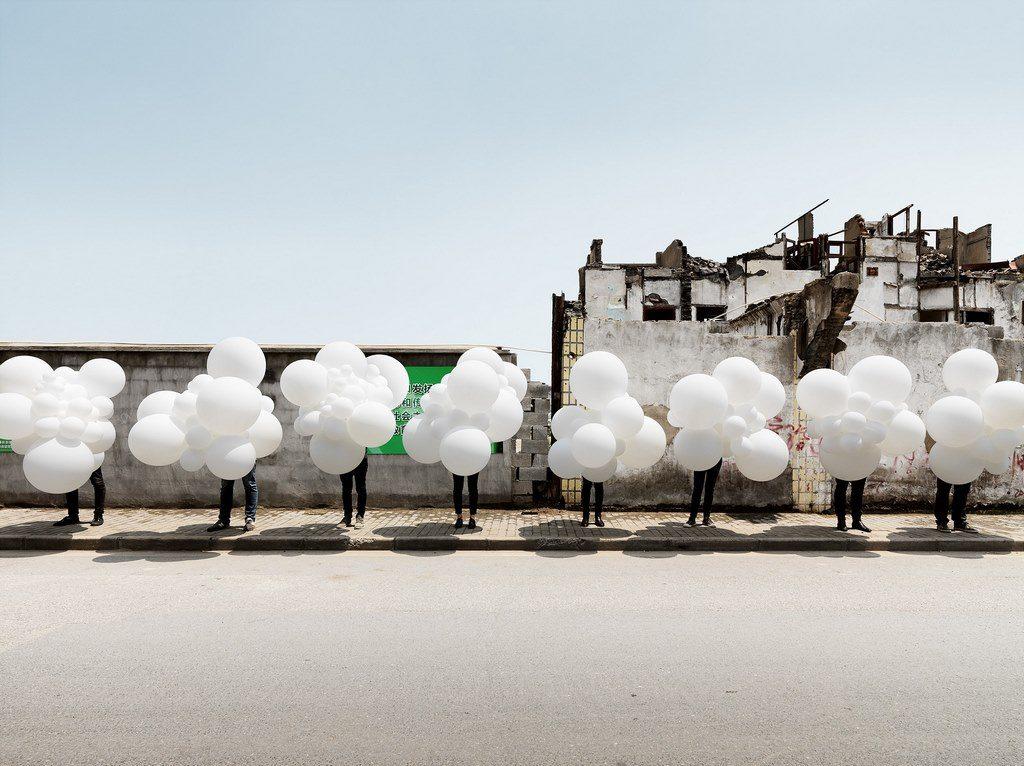 Charles Pétillon globos blancos balloon loqueva