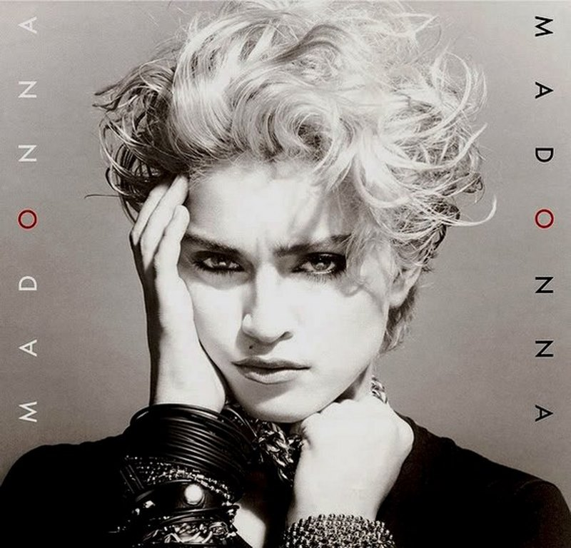 8 Su primer disco, titulado Madonna, fue lanzado el 27 de julio de 1983. Hace 35 años empezaba su reinado en las pistas de baile