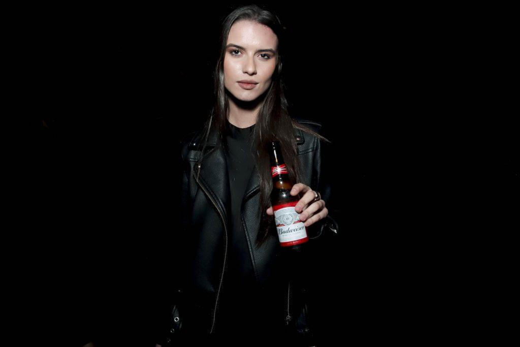 Alucination XX Crobar Budweiser (14)