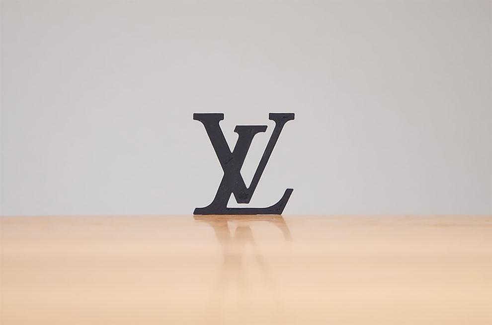 Diseñador convierte logos famosos en objetos de todos los dias con impresion 3d (5)