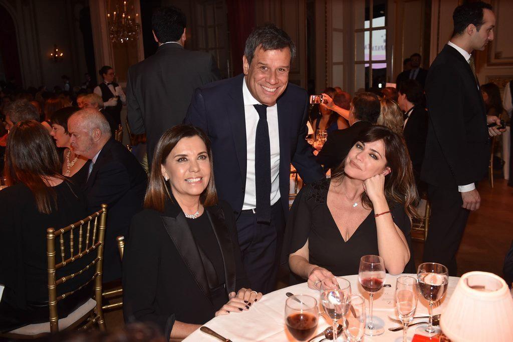 Liliana Parodi, Pamela David y Facundo Manes en la Gala solidaria de Fundación Zaldivar