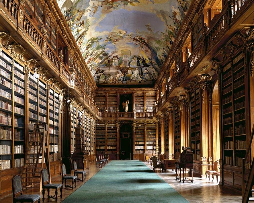 Massimo-Listri-bibliotecas_loquev