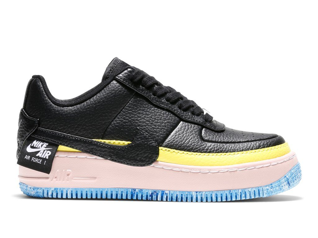 NIKE WOMEN AIR FORCE 1 JESTER XX SE (1)