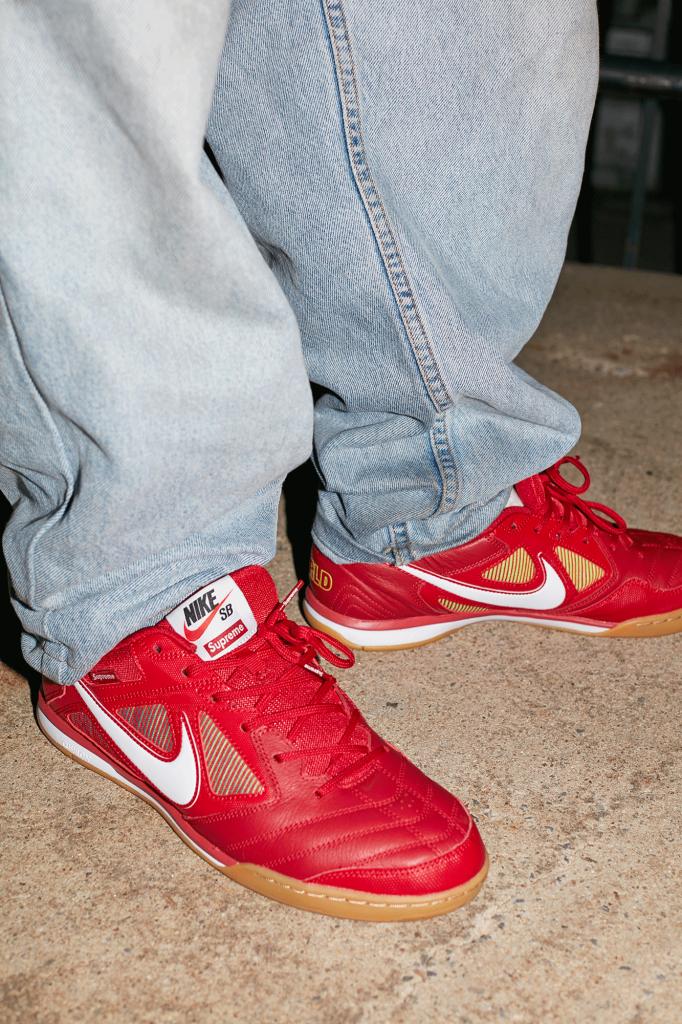 Supreme se vuelve a unir con Nike SB con una versión de las Gato (1)