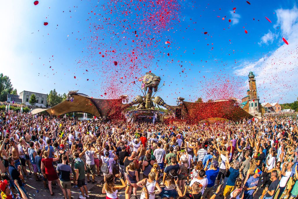 Tomorrowland 2018 Budweiser loqueva