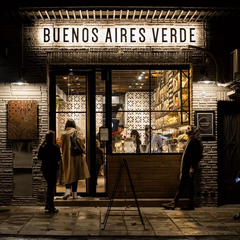 Buenos_Aires_Verde_Palermo_2018_loqueva