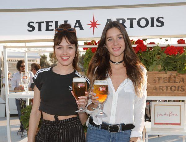 Cande Vetrano y Lucía Celasco Lucía Celasco en el espacio de Stella Artois en Masticar loqueva