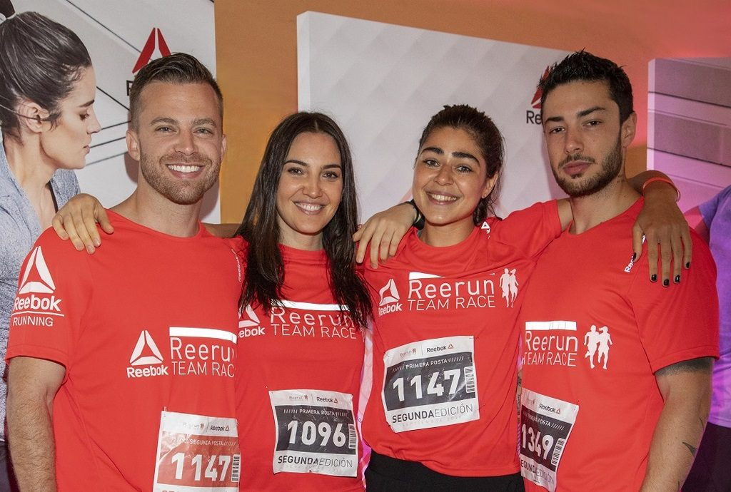 Dustin Luke, Celeste Failache, Ileana Agüero y Valentin Crucianelli en la carrera por equipos de Reebok home