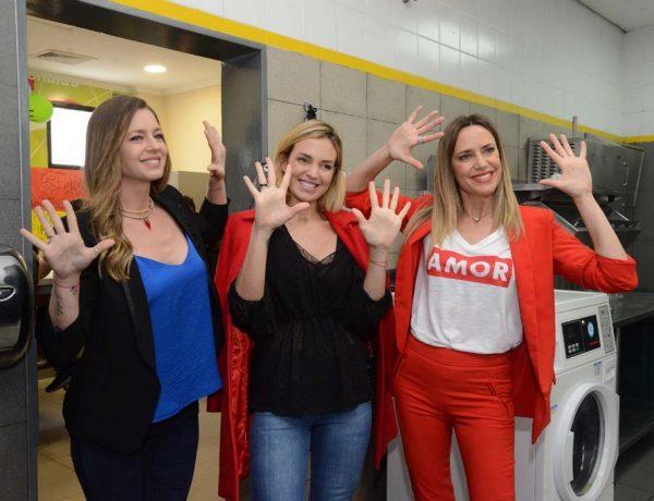 Geraldine Neumann, Biufit y Soledad Villareal_ Lavado de manos