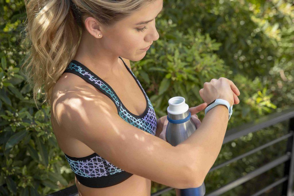 Llega la pulsera inteligente vívosmart® 4, aliada ideal para hacer ejercicios (2)