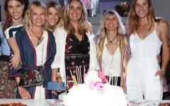 Milagros Resta junto a sus amigas celebrando los 15 años de Galpón Milagros  (3)