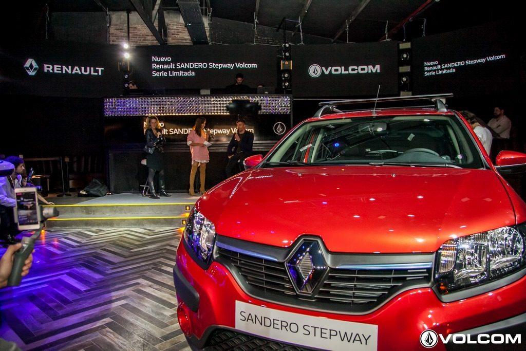 Renault lanza la serie limitada Sandero Stepway Volcom (13)