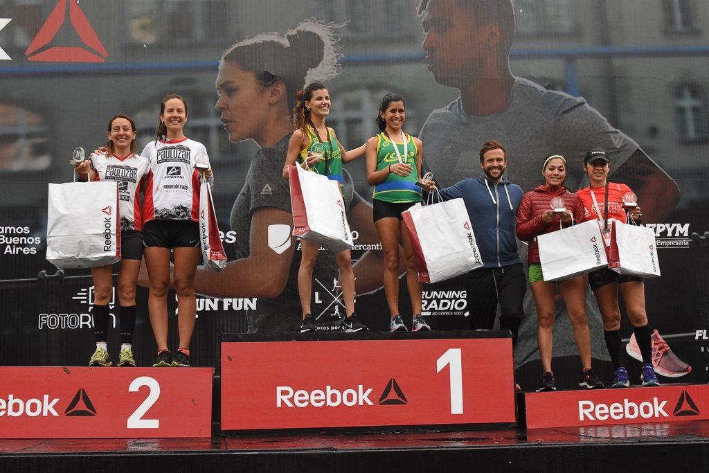 reebok podio femenino 2