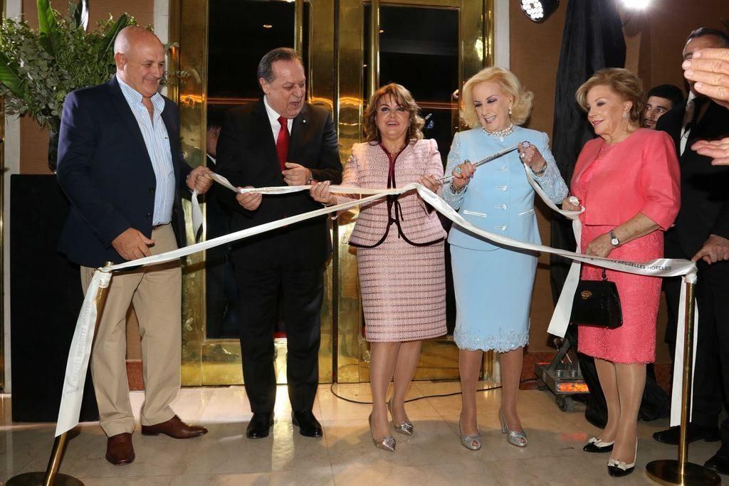 Corte de cinta en la apertura del nuevo hotel Grand Brizo Buenos Aires (6)
