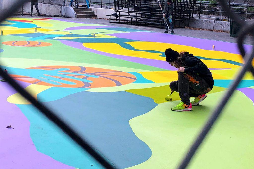 El artista Madsteez intervino una cancha de básquet en Harlem  (6)