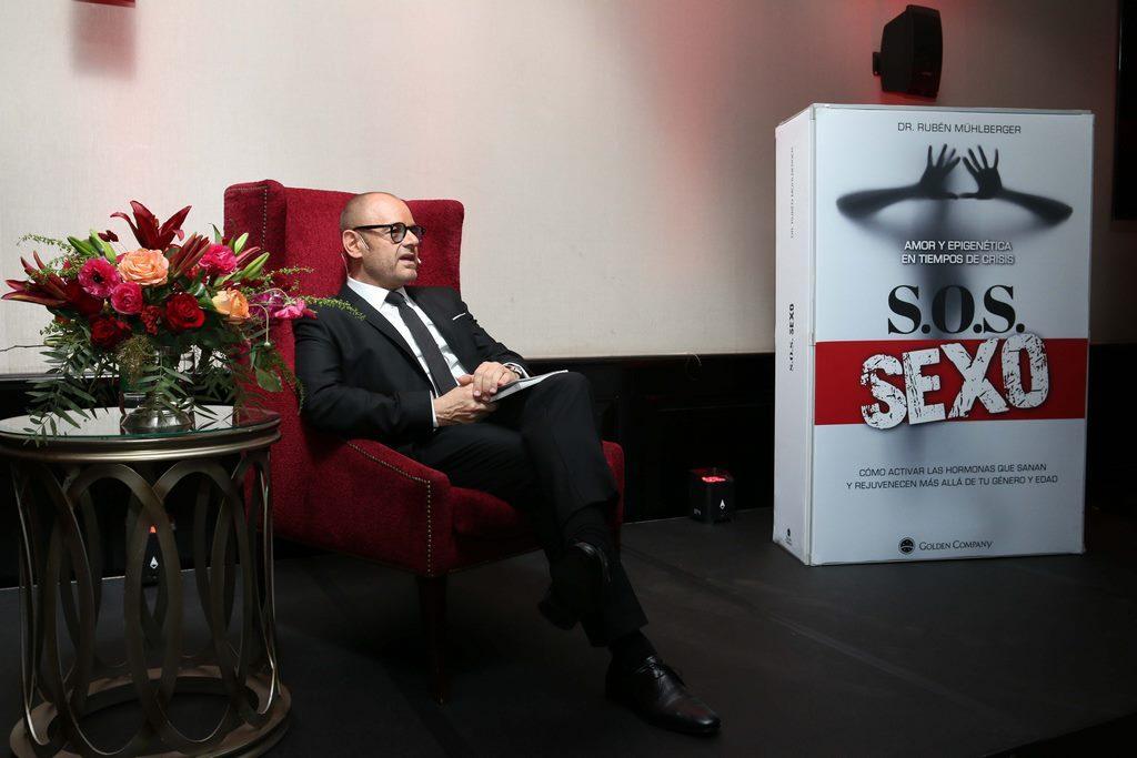 Lanzamiento libro S.O.S SEXO . Muhlberger (14)