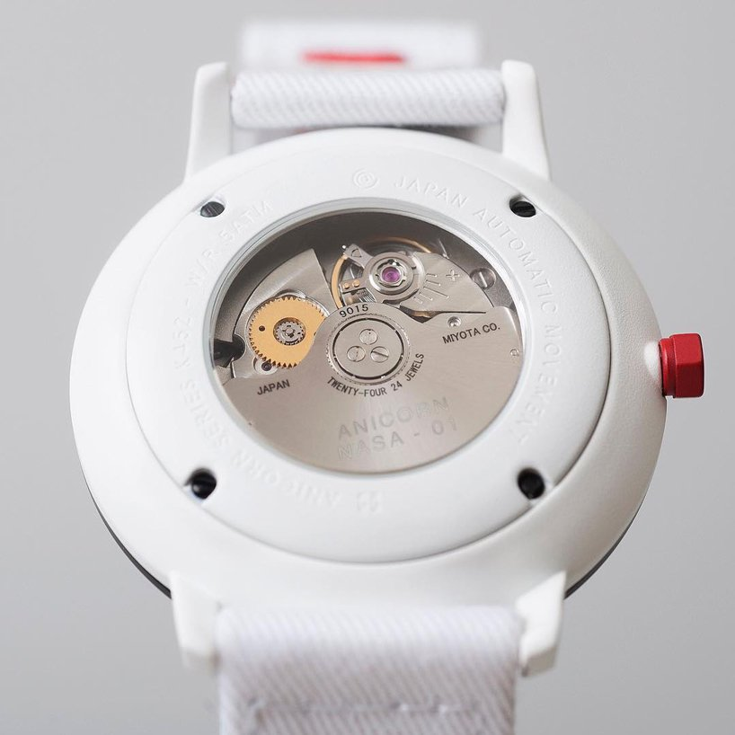 anicorn-nasa-collaboration-60th-anniversary-watch-designboom-3