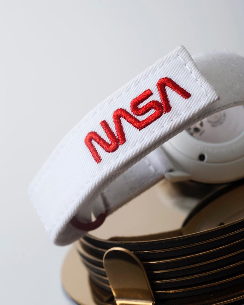 anicorn-nasa-collaboration-60th-anniversary-watch-designboom-4