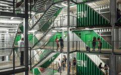 moderno edificio hecho con contenedores   (6)