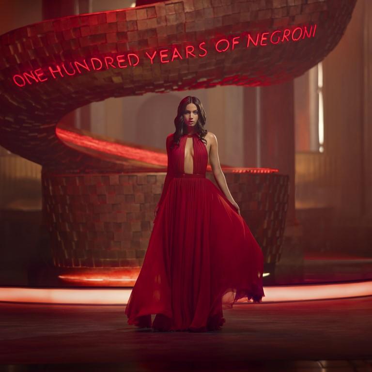 Campari Red Diaries 2019 Ana de Armas y Matteo Garrone loqueva (19)