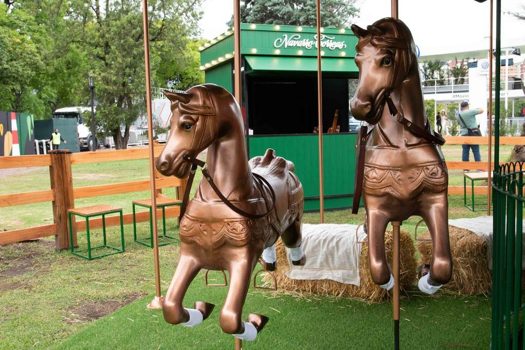 Carrousel Navarro Correas