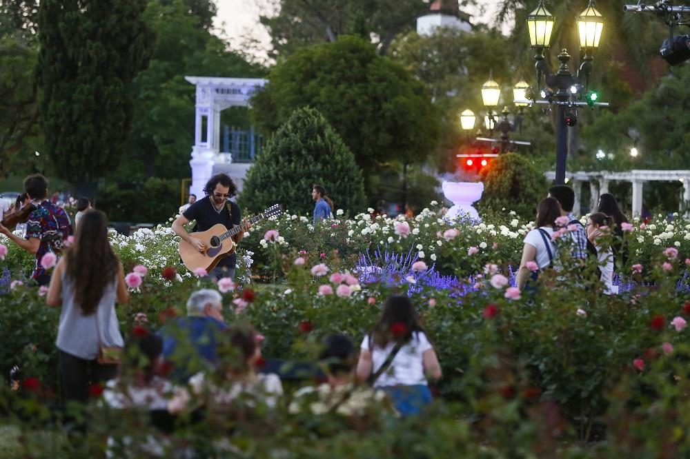 La noche de los Jardines Rosedal (2)
