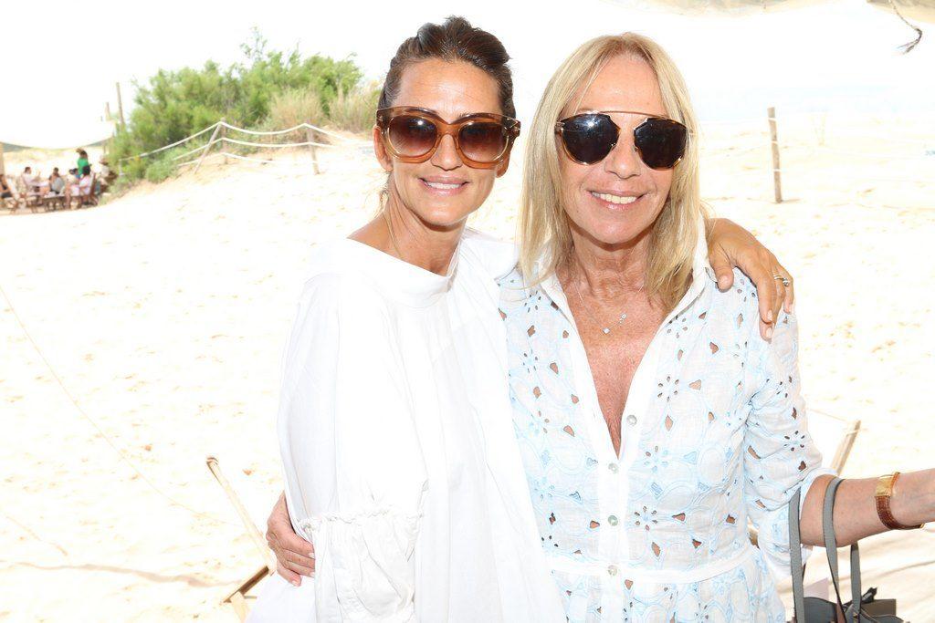 Mercedes Ocampo y Amelia Saban en el almuerzo de PAULE KA en La Huella