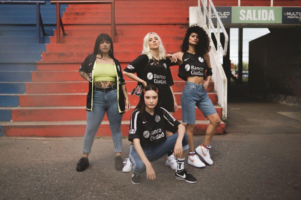 Nike presenta junto a Madness Clothing una edición limitada de la tercera camiseta de San Lorenzo (7)