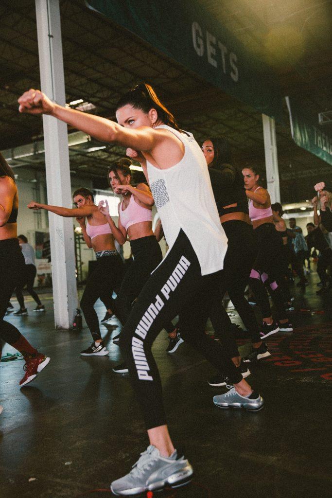 Puma Performance unió en el ring a la súper modelo Adriana Lima y a Usaín Bolt, el corredor más rápido del mundo  (1)