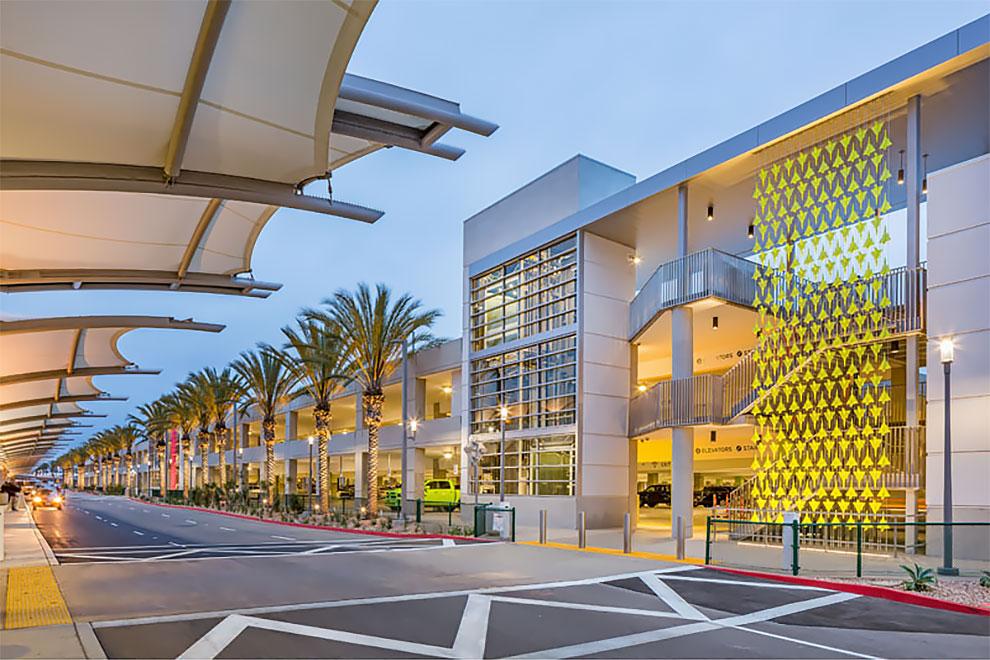 Una instalación de alto vuelo en el aeropuerto internacional de San Diego (11)