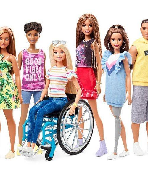 Barbie silla de ruedas (2)