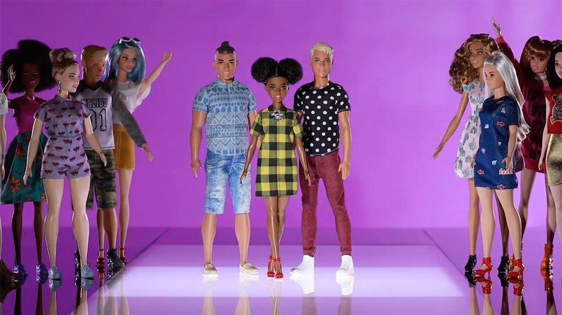 Barbie silla de ruedas (3)