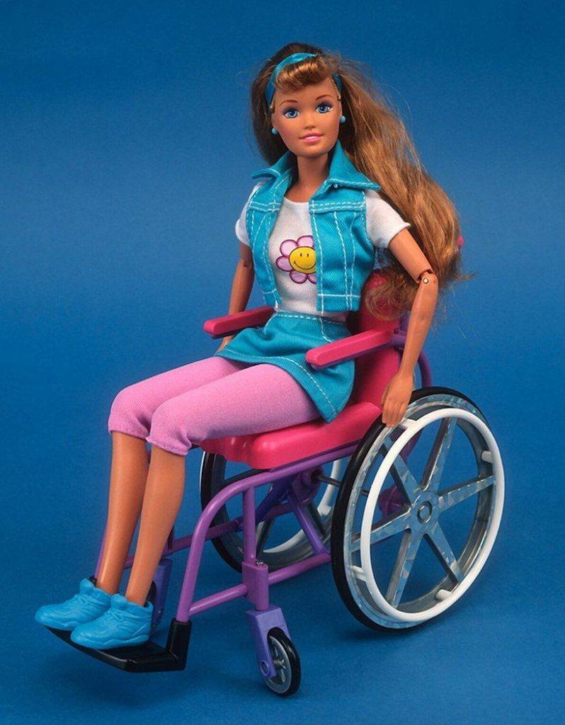 Barbie silla de ruedas (4)