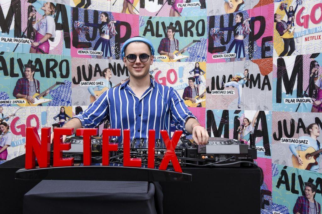 Netflix, Go! Vive a Tu Manera, February 21, 2019