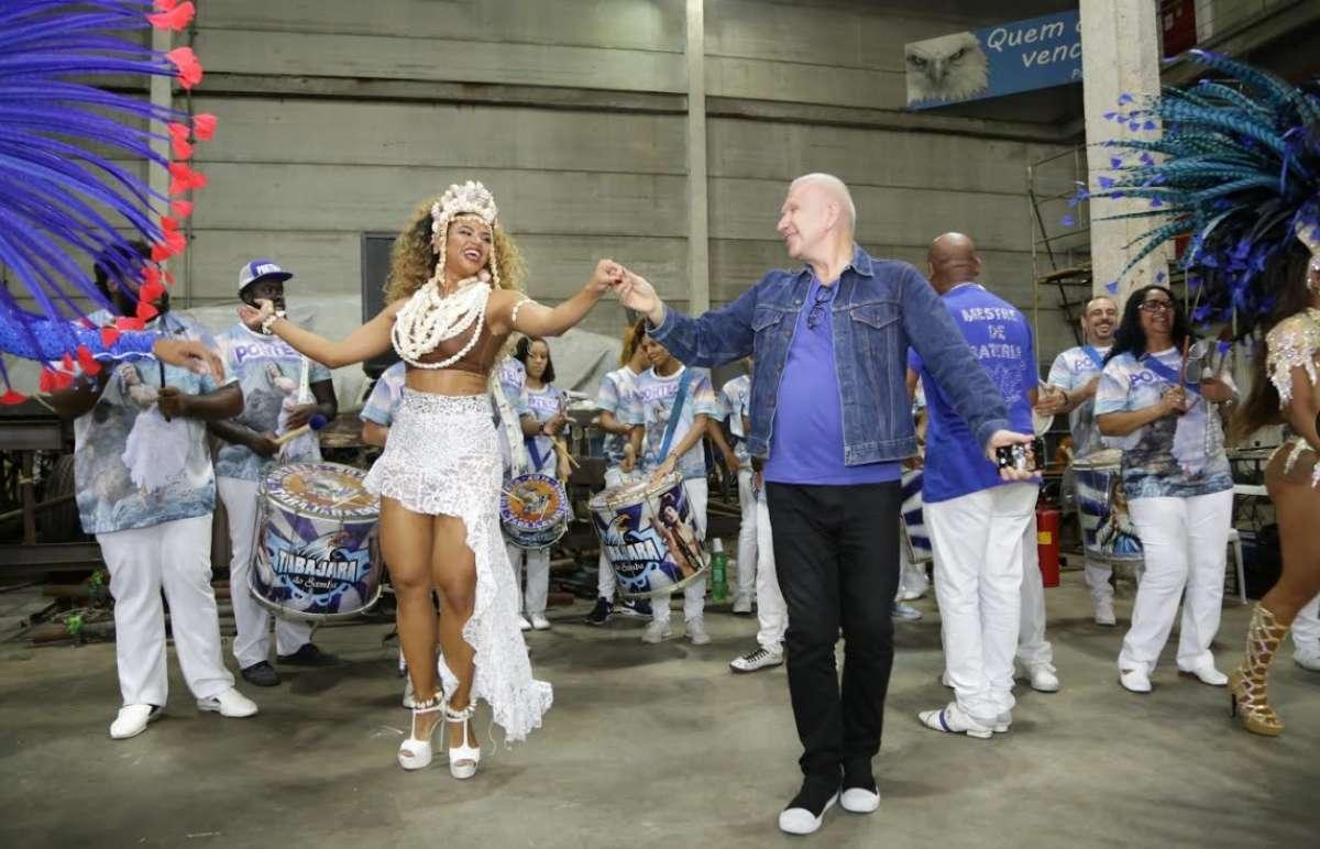 Jean Paul Gaultier llega al Carnaval de Río con Jimena Barón (3)