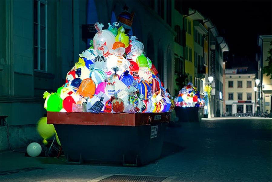 Luzinterruptus instalacion luz Suiza home
