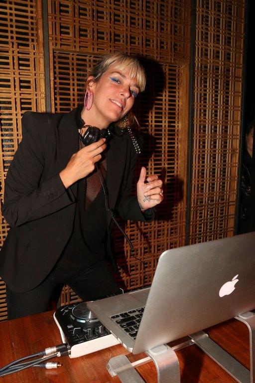 Anita Álvarez de Toledo en la apertura de The Nim Bar (2)